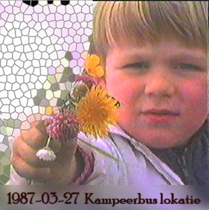 Weeshuis van de Hits 27 maart 1987 (Kampeerbus op lokatie)
